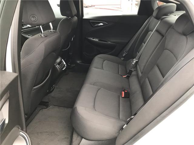 2018 Chevrolet Malibu LT (Stk: JF120283) in Sarnia - Image 11 of 20