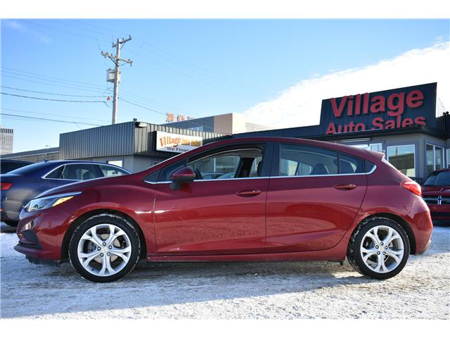 2017 Chevrolet Cruze Hatch LT Auto (Stk: P35801) in Saskatoon - Image 2 of 23