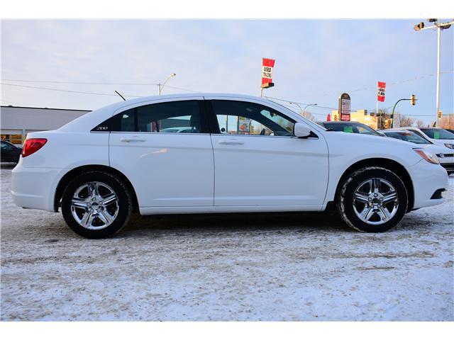 2013 Chrysler 200 Touring (Stk: P35881) in Saskatoon - Image 5 of 19
