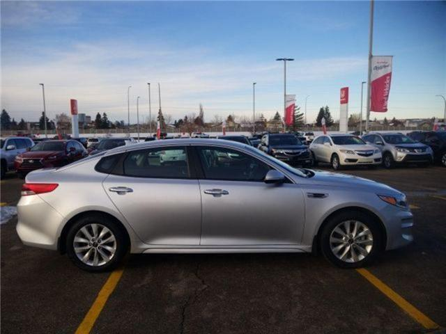 2017 Kia Optima LX+ (Stk: U184350) in Calgary - Image 2 of 24