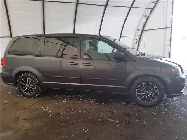 2015 Dodge Grand Caravan SE/SXT (Stk: 1815851) in Thunder Bay - Image 2 of 15