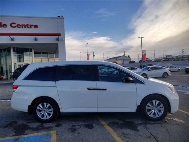 2015 Honda Odyssey SE (Stk: U184426) in Calgary - Image 2 of 25