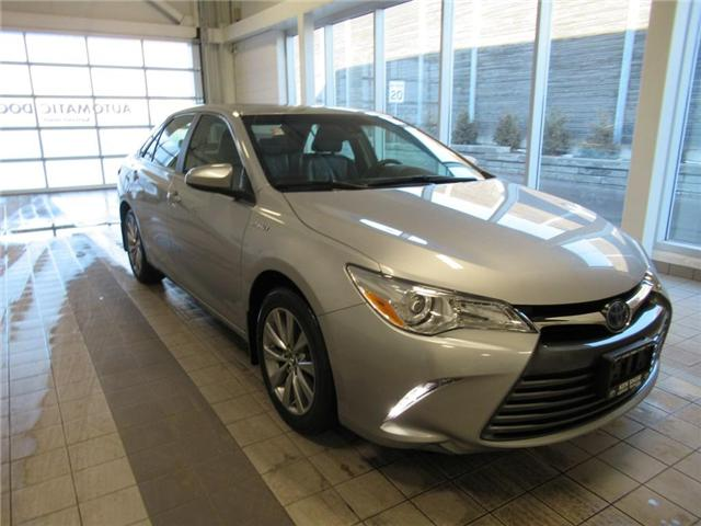 2016 Toyota Camry Hybrid XLE (Stk: 77491A) in Toronto - Image 1 of 18