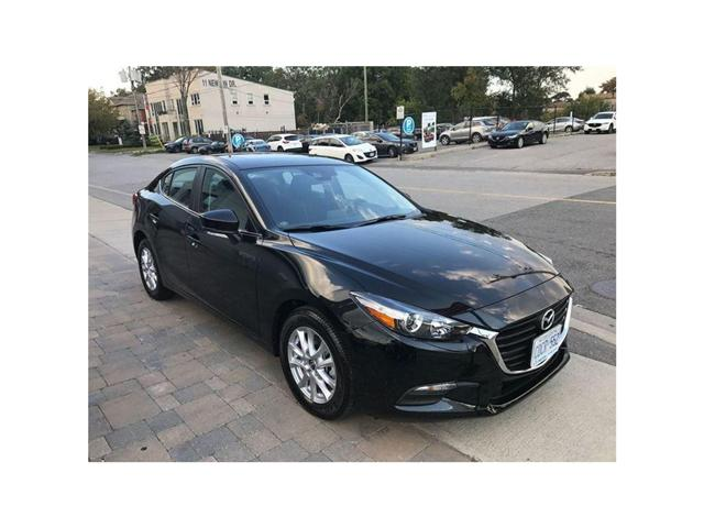 2018 Mazda Mazda3 GS/I-ACTIVE PKG (Stk: DEMO78063) in Toronto - Image 2 of 13
