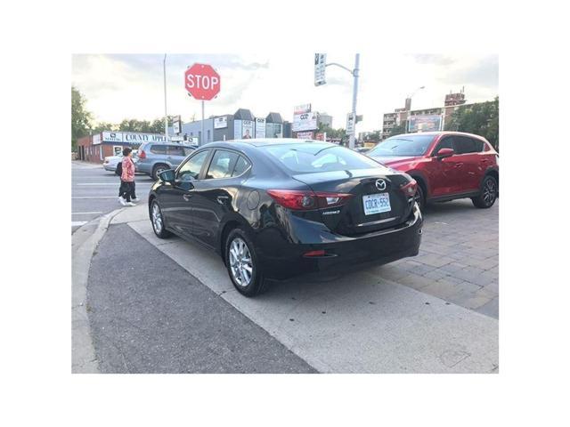 2018 Mazda Mazda3 GS/I-ACTIVE PKG (Stk: DEMO78063) in Toronto - Image 3 of 13
