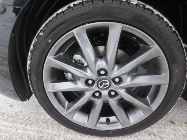 2018 Mazda Mazda3 GT (Stk: M18227) in Steinbach - Image 7 of 35