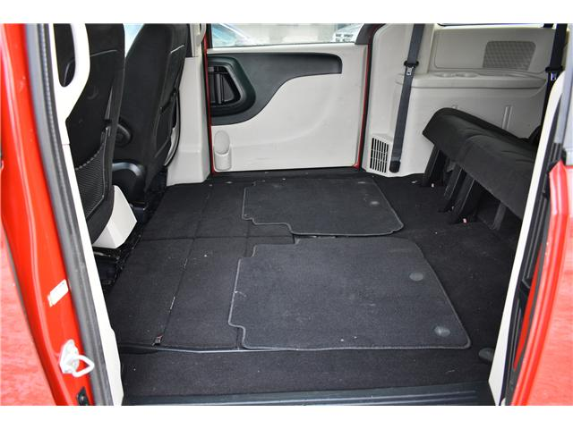 2014 Dodge Grand Caravan SE/SXT (Stk: P35964) in Saskatoon - Image 21 of 27