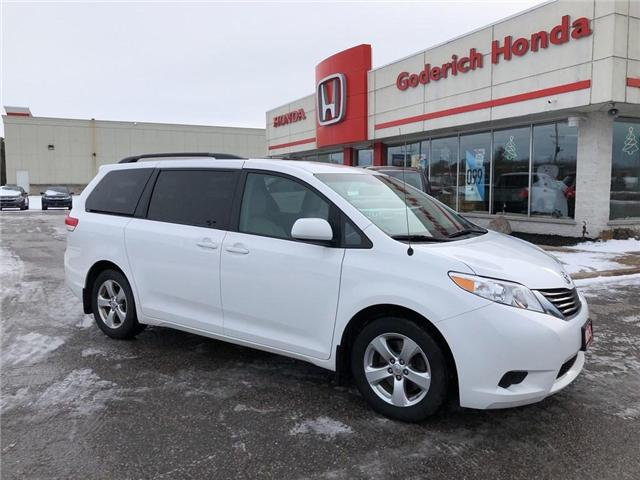 2013 Toyota Sienna LE 8 Passenger (Stk: U18018) in Goderich - Image 1 of 17