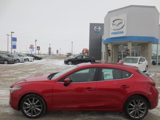 2018 Mazda Mazda3 GT (Stk: M18228) in Steinbach - Image 6 of 33