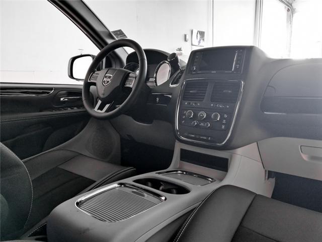 2019 Dodge Grand Caravan CVP/SXT (Stk: M018480) in Burnaby - Image 4 of 14