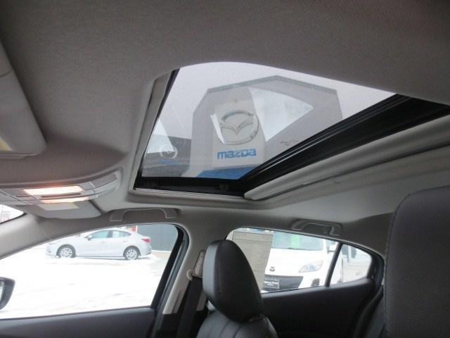 2018 Mazda Mazda3 GT (Stk: M18227) in Steinbach - Image 35 of 35