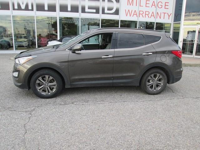 2013 Hyundai Santa Fe Sport 2.4 Premium (Stk: 201031) in Gloucester - Image 2 of 19
