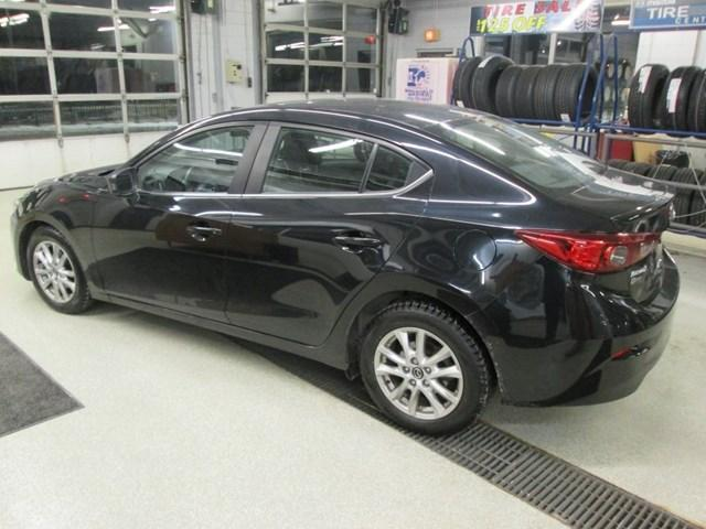 2015 Mazda Mazda3 GS (Stk: 191432) in Gloucester - Image 3 of 15