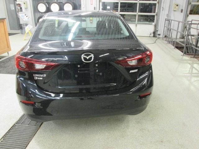 2015 Mazda Mazda3 GS (Stk: 191432) in Gloucester - Image 4 of 15
