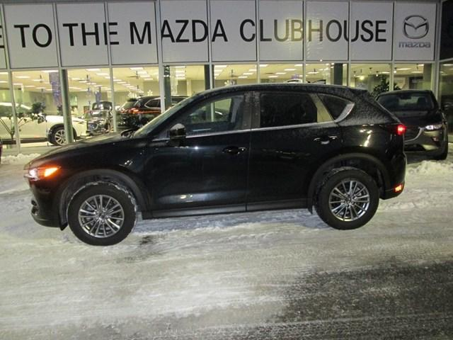 2017 Mazda CX-5 GS (Stk: M2571) in Gloucester - Image 2 of 20
