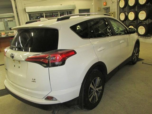 2018 Toyota RAV4 Limited (Stk: M2562) in Gloucester - Image 6 of 20