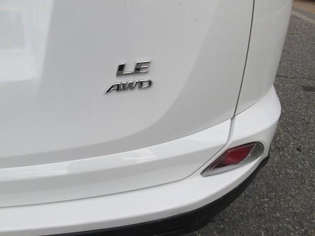 2018 Toyota RAV4 Limited (Stk: M2562) in Gloucester - Image 10 of 20