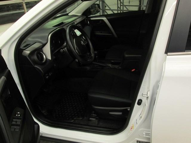 2018 Toyota RAV4 Limited (Stk: M2562) in Gloucester - Image 12 of 20