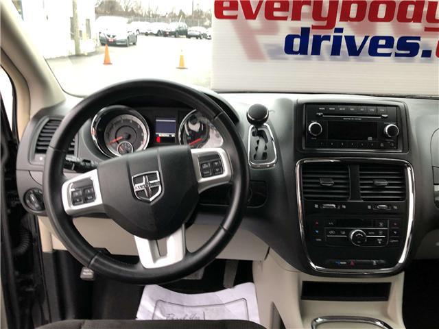 2017 Dodge Grand Caravan Crew (Stk: 18-808) in Oshawa - Image 11 of 16