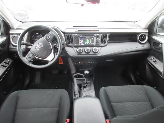 2018 Toyota RAV4 LE (Stk: 26391A) in Ottawa - Image 6 of 8