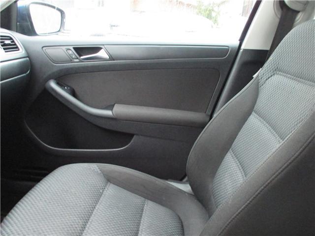 2011 Volkswagen Jetta 2.0L Comfortline (Stk: kj008177b) in Surrey - Image 12 of 22