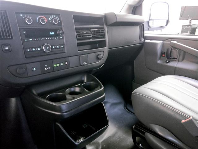 2017 Chevrolet Express 2500 1WT (Stk: 9-5975-0) in Burnaby - Image 9 of 21