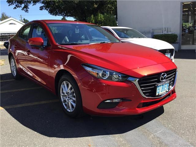 2018 Mazda Mazda3 GS (Stk: 173446) in Victoria - Image 1 of 6