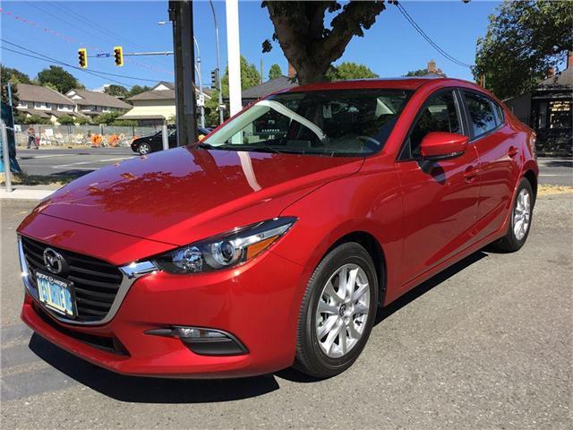 2018 Mazda Mazda3 GS (Stk: 173446) in Victoria - Image 2 of 6