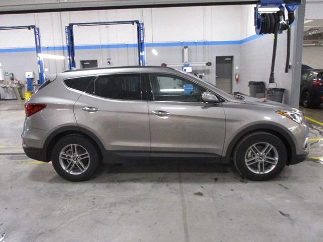 2018 Hyundai Santa Fe Sport 2.4 Luxury (Stk: MX1047) in Ottawa - Image 2 of 20