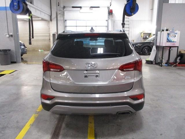 2018 Hyundai Santa Fe Sport 2.4 Luxury (Stk: MX1047) in Ottawa - Image 4 of 20