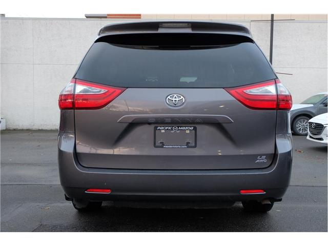 2017 Toyota Sienna LE 7 Passenger (Stk: 7824A) in Victoria - Image 6 of 20