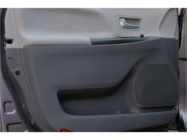 2017 Toyota Sienna LE 7 Passenger (Stk: 7824A) in Victoria - Image 10 of 20