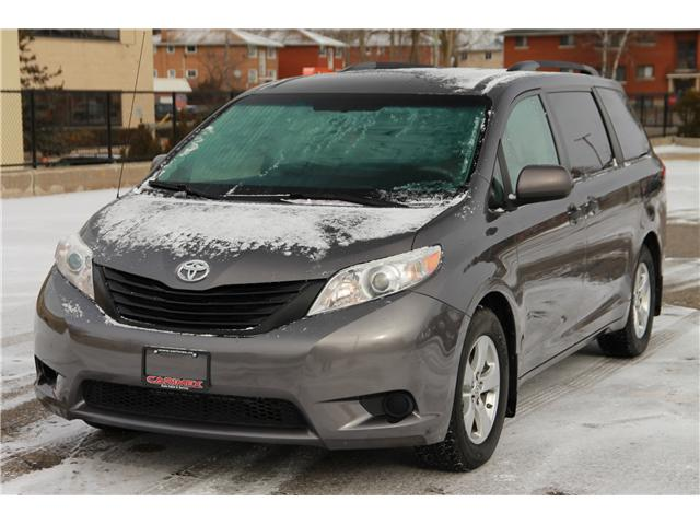 2014 Toyota Sienna 7 Passenger (Stk: 1812595) in Waterloo - Image 1 of 20