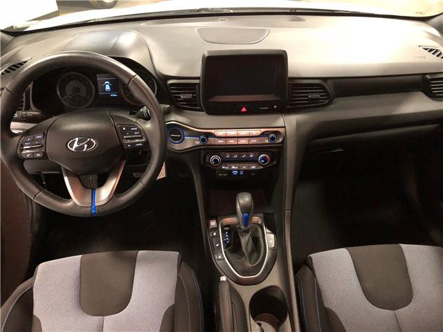 2019 Hyundai Veloster 2.0 GL (Stk: D9923) in Mississauga - Image 9 of 24