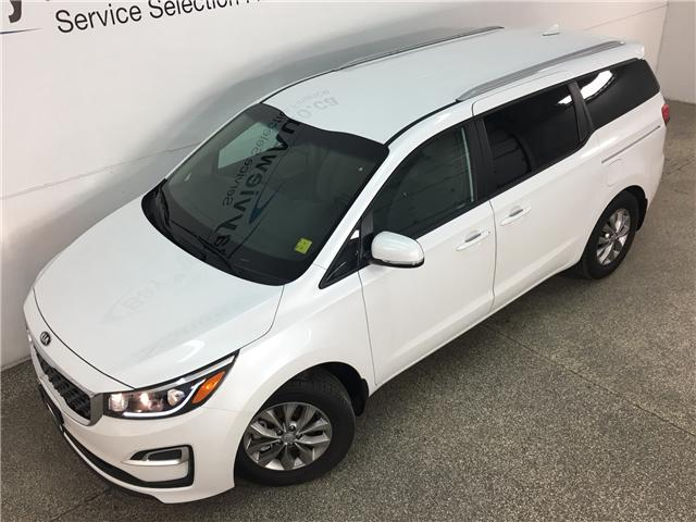 2019 Kia Sedona LX (Stk: 33523W) in Belleville - Image 2 of 26