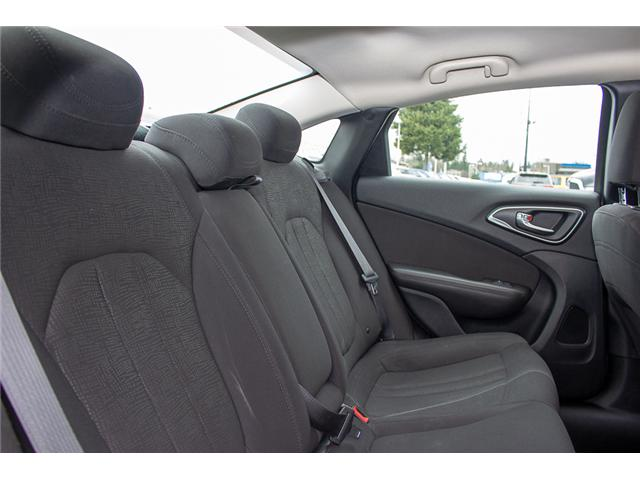 2015 Chrysler 200 Limited (Stk: EE896890A) in Surrey - Image 14 of 25