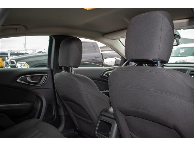 2015 Chrysler 200 Limited (Stk: EE896890A) in Surrey - Image 15 of 25