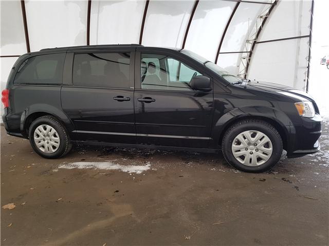 2014 Dodge Grand Caravan SE/SXT (Stk: 1810531) in Thunder Bay - Image 2 of 14