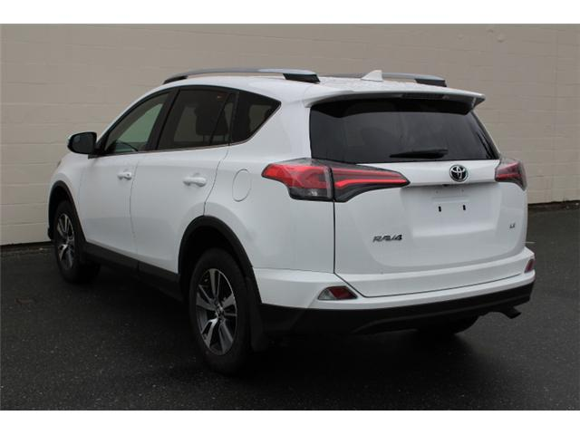 2018 Toyota RAV4 LE (Stk: W447681) in Courtenay - Image 3 of 27
