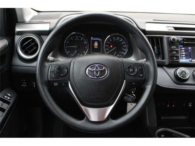 2018 Toyota RAV4 LE (Stk: W447681) in Courtenay - Image 8 of 27
