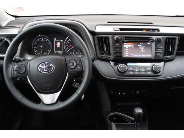 2017 Toyota RAV4 XLE (Stk: W370173) in Courtenay - Image 13 of 30