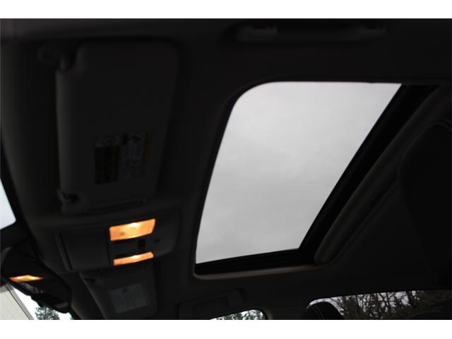 2017 Toyota RAV4 XLE (Stk: W370173) in Courtenay - Image 19 of 30