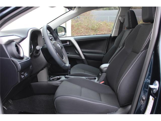 2017 Toyota RAV4 XLE (Stk: W370173) in Courtenay - Image 5 of 30