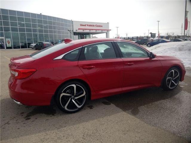 2018 Honda Accord Sport (Stk: 2181468) in Calgary - Image 2 of 9