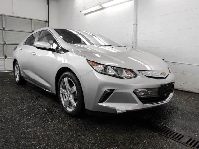2019 Chevrolet Volt LT (Stk: V9-03840) in Burnaby - Image 2 of 12