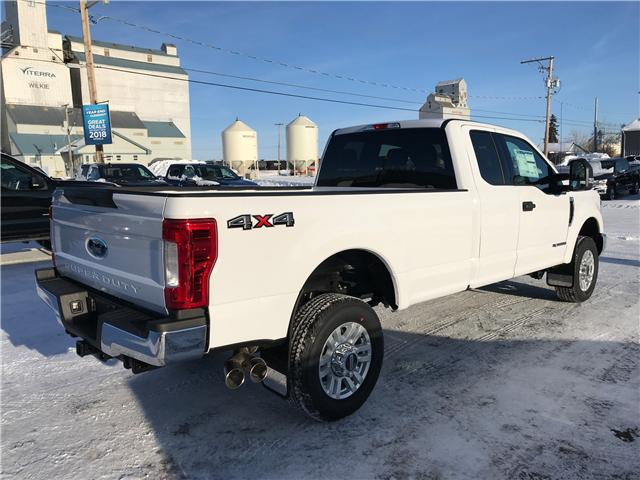 2019 Ford F-350 XLT (Stk: 9102) in Wilkie - Image 2 of 20