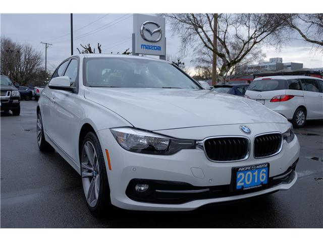 2016 BMW 320i xDrive (Stk: 7832A) in Victoria - Image 1 of 23