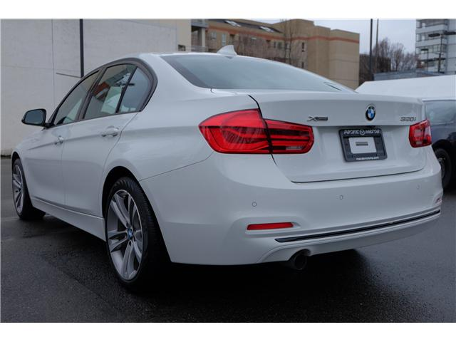2016 BMW 320i xDrive (Stk: 7832A) in Victoria - Image 5 of 23