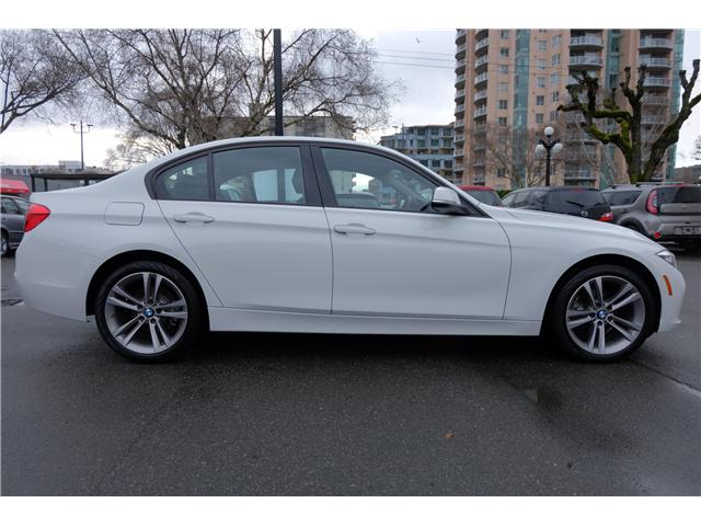 2016 BMW 320i xDrive (Stk: 7832A) in Victoria - Image 10 of 23
