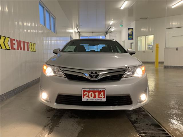 2014 Toyota Camry XLE (Stk: 18411A) in Walkerton - Image 2 of 20